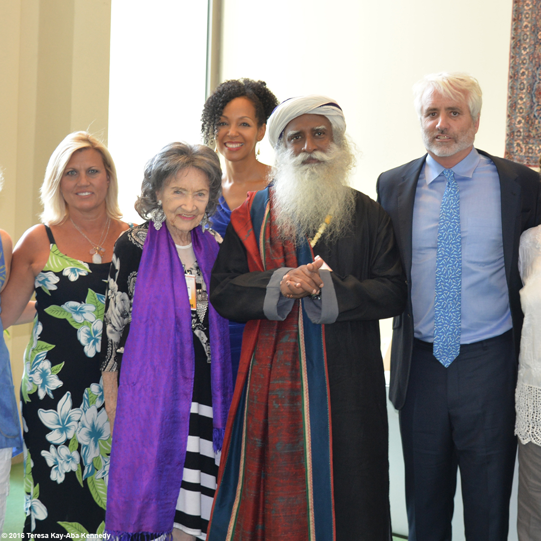 Gretchen Robinson, 97-year-old yoga master Tao Porchon-Lynch, Teresa Kay-Aba Kennedy, Sadhguru Jaggi Vasudev and Max Kennedy at the United Nations for International Yoga Day – June 20, 2016