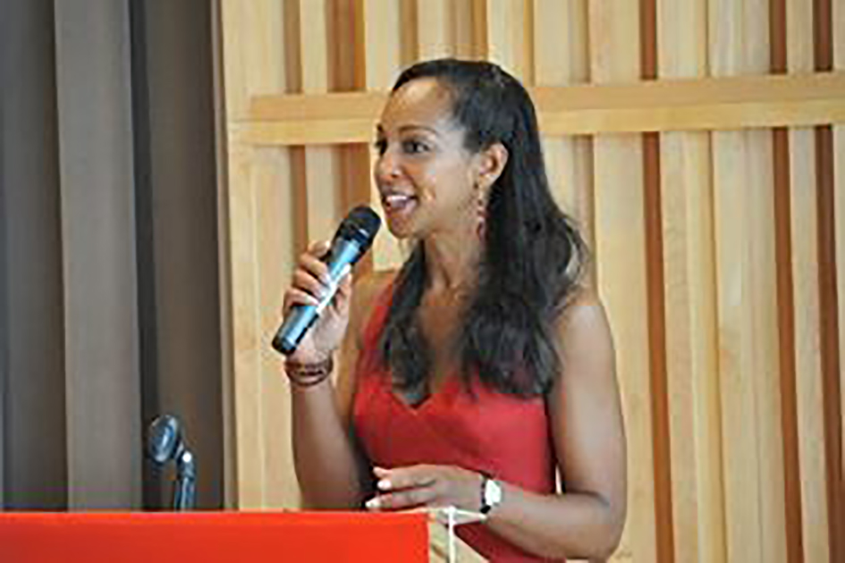 Teresa Kay-Aba Kennedy hosting the Power NYC Health & Empowerment Symposium at Columbia University on behalf of the American Heart Association - May 30, 2009