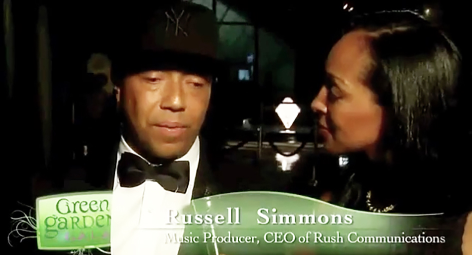 Teresa Kay-Aba Kennedy interviewing Russell Simmons at the HealthCorps Green Garden Gala in New York - April 20, 2009