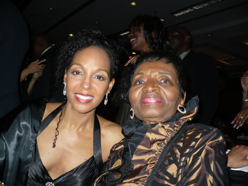 Teresa Kay-Aba Kennedy and Christine King Farris--Dr. Martin Luther King Jr.'s sister--at the 2010 Salute to Greatness Dinner in Atlanta, GA