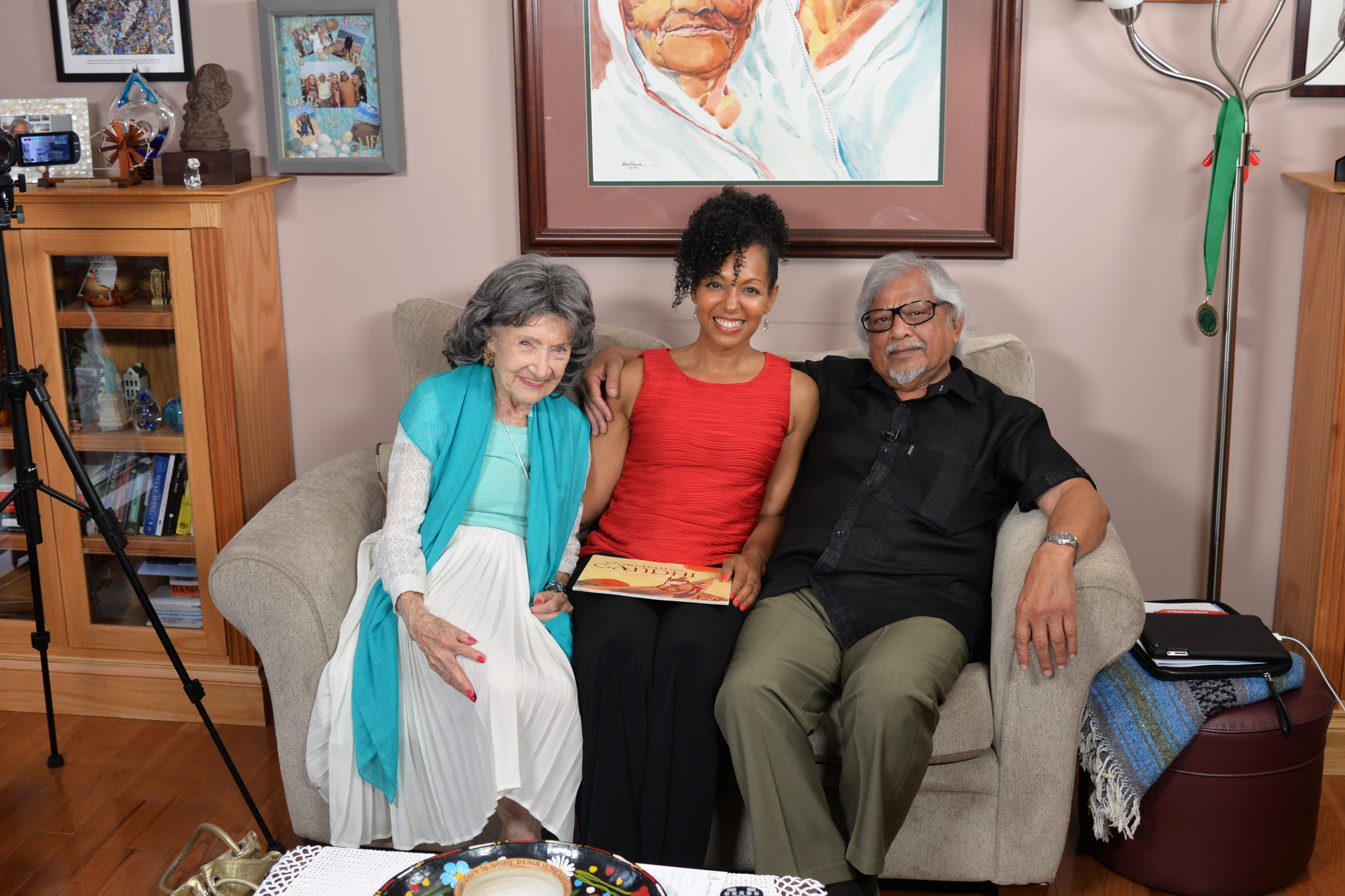 96-year-old yoga master Tao Porchon-Lynch, Teresa Kay-Aba Kennedy and Arun Gandhi in his home in Rochester, NY - July 9, 2015