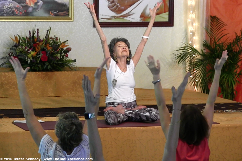 97-year-old Yoga Master Tao Porchon-Lynch at Sivananda Ashram Yoga Retreat Bahamas – January 10, 2016