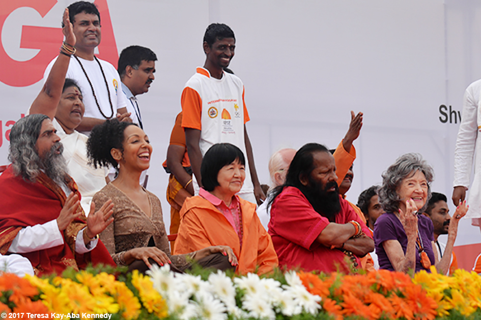 Teresa Kay-Aba Kennedy, Yogmata Keiko Aikawa, Pilot Baba and Tao Porchon-Lynch on stage at International Day of Yoga in Bangalore, India - June 21, 2017