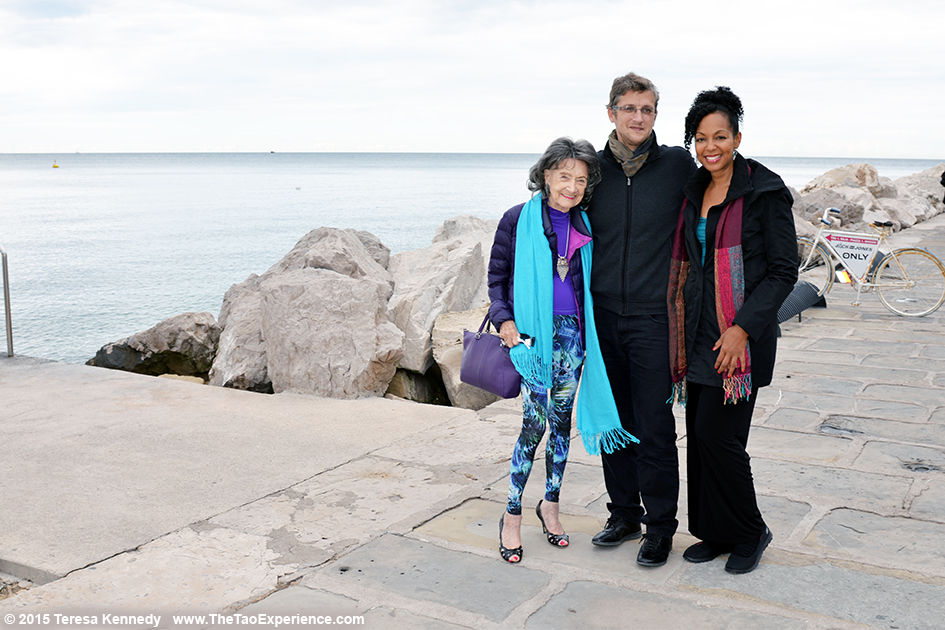 97-year-old yoga master Tao Porchon-Lynch with Teresa Kay-Aba Kennedy and Sebastjan Mislej in Slovenia, October 8, 2015