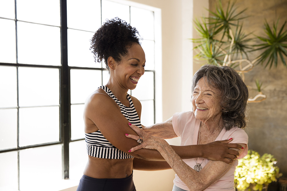 98-year-old yoga master Tao Porchon-Lynch and Teresa Kay-Aba Kennedy featured in Athleta campaign – January 2017