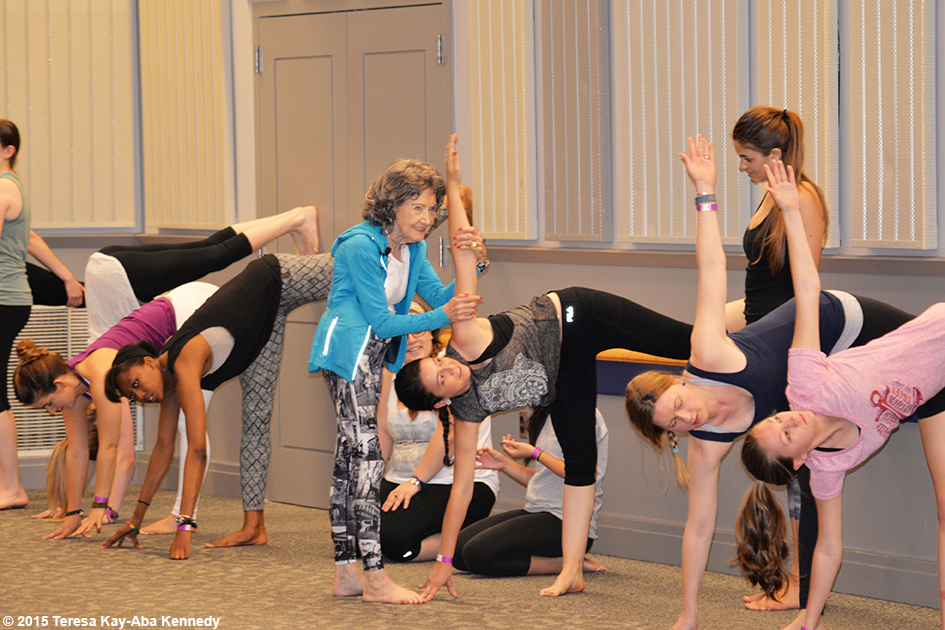 96-year-old yoga master Tao Porchon-Lynch teaching at the University of Delaware - May 3, 2015