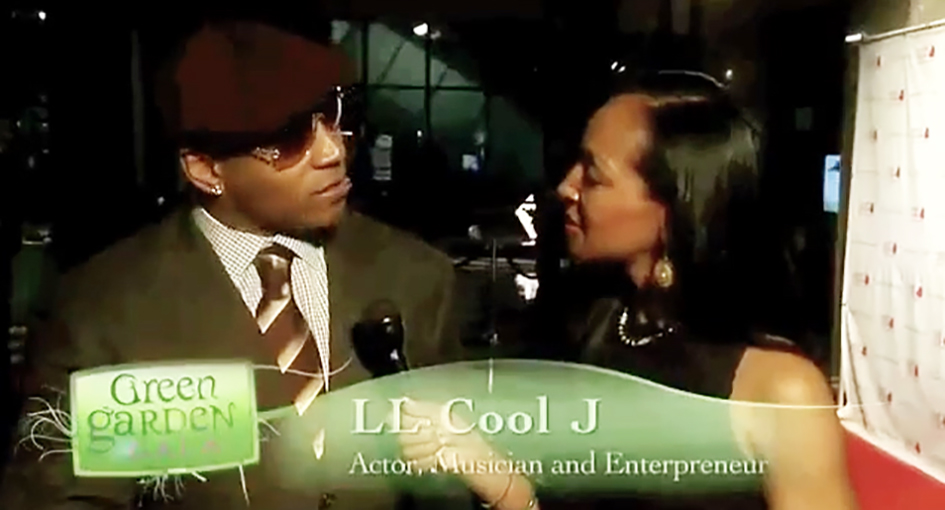 Teresa Kay-Aba Kennedy interviewing LL Cool J at the HealthCorps Green Garden Gala in New York - April 20, 2009