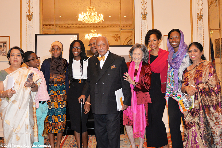 Ambassador Riva Ganguly Das, Mayor David Dinkins, 98-year-old yoga master Tao Porchon-Lynch, Teresa Kay-Aba Kennedy and others at Indian Consulate in New York for International Day of Nonviolence event - October 2016